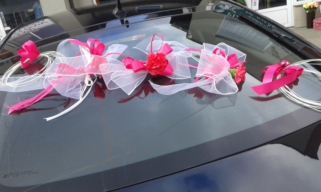 Dekoracje samochodów na ślub 2